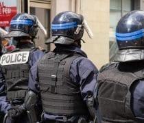 Quand Les Policiers Sarment Pour Aller En Concert Sourdoreille France 4212388 1920 2